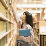 【平均50万円の噂】キャバクラで働く大学生の月収はどれくらい?